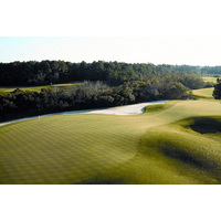 Hilton Head National Golf Club puts golfers out there with nature.